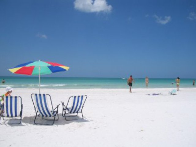 coopersbeach_cropped_640x480